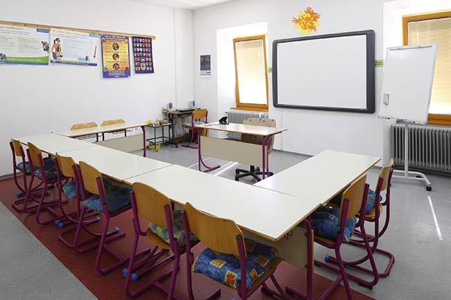 Sodobna učilnica namenjena učenju tujih jezikov